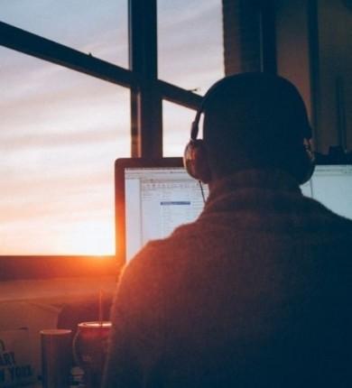 Como controlar a ansiedade no trabalho em 5 exercícios